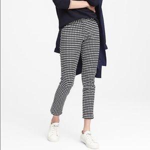 Ann Taylor Checkered Sloan Crop